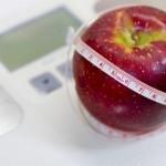 体重計とリンゴ