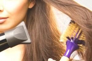 湿気 髪の毛  ドライヤー